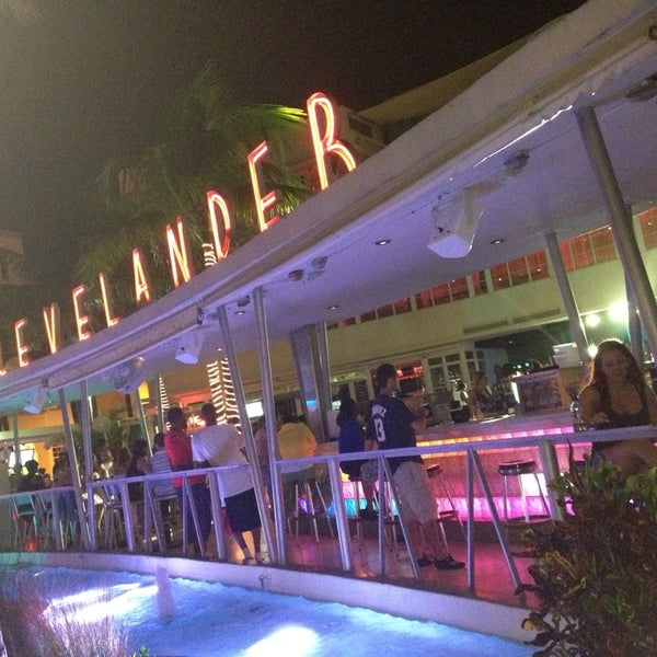 Photo taken at Clevelander by Oswaldo G. on 8/12/2013