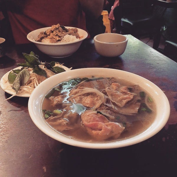 Photo taken at Pho Bac by Jesse L. on 3/1/2015