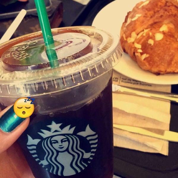Photo taken at Starbucks by iceekhs on 3/13/2016