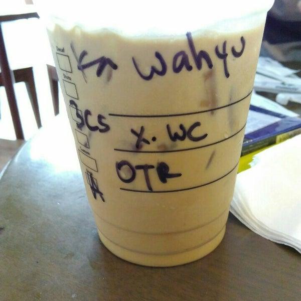 Photo taken at Starbucks by Wahyu on 10/3/2015