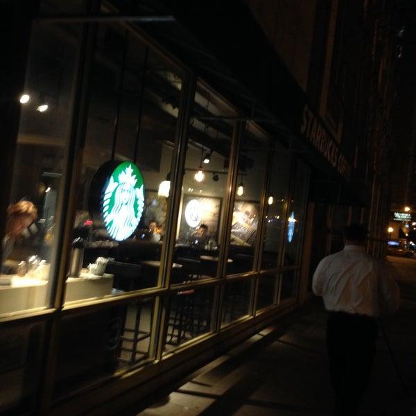 Photo taken at Starbucks by BTRIPP on 11/9/2016