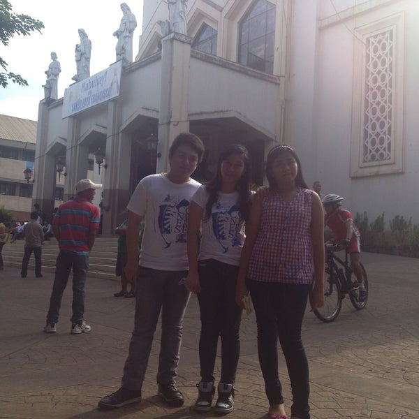 Photo taken at National Shrine of Our Lady of Peace and Good Voyage (Antipolo Cathedral) by Laiza Rose P. on 5/10/2013
