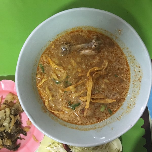 Great place for a bowl of authentic khao soi. We got another soup and a rice with chicken, all was delicious but don't remember the names.
