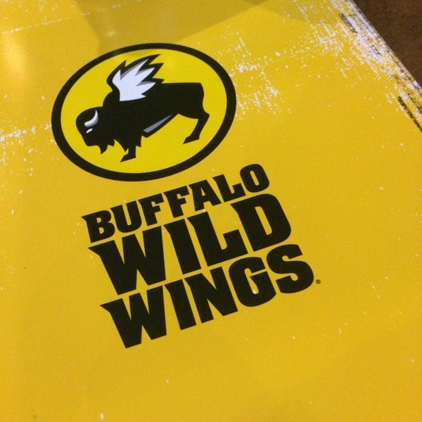 Photo taken at Buffalo Wild Wings by Alec S. on 3/19/2014