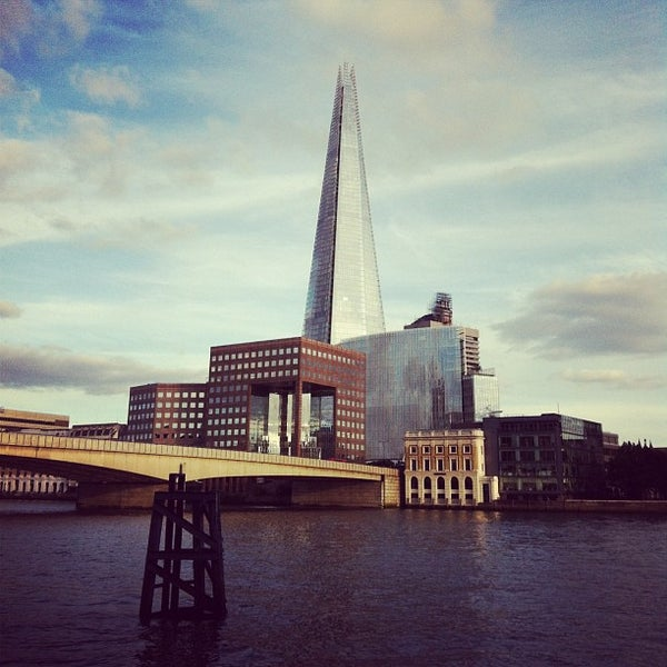 Photo taken at London Bridge by Erkan T. on 6/19/2013