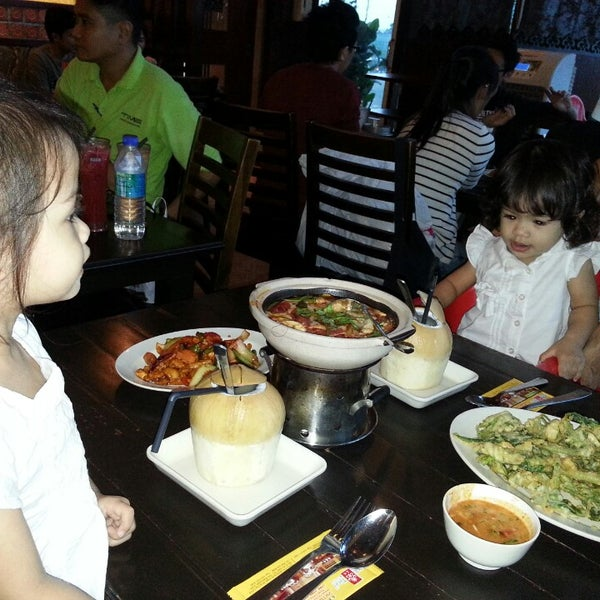 Photo taken at Soul Thai Restaurant by Delisha Delight K. on 8/6/2013