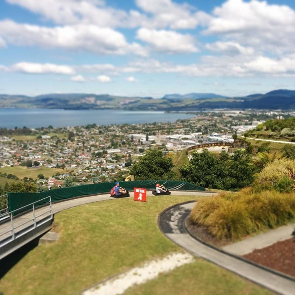 Where's Good? Holiday and vacation recommendations for Rotorua, Neuseeland. What's good to see, when's good to go and how's best to get there.