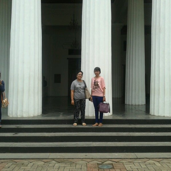 Photo taken at Museum Seni Rupa dan Keramik by Tirtanadi B. on 2/22/2014