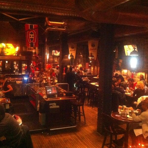 Photo taken at Les 3 Brasseurs by Samir B. on 12/20/2012
