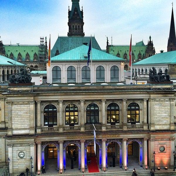 Photo taken at Handelskammer Hamburg by Taz on 1/19/2015