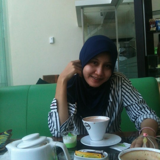 Photo taken at Parsley Bakery & Cake Shop by Nabilla R. on 5/9/2012