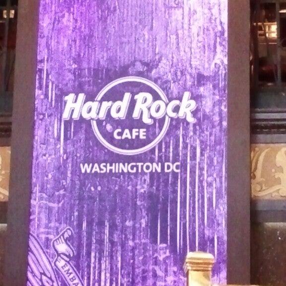 Photo taken at Hard Rock Cafe Washington DC by Jennifer F. on 4/14/2013