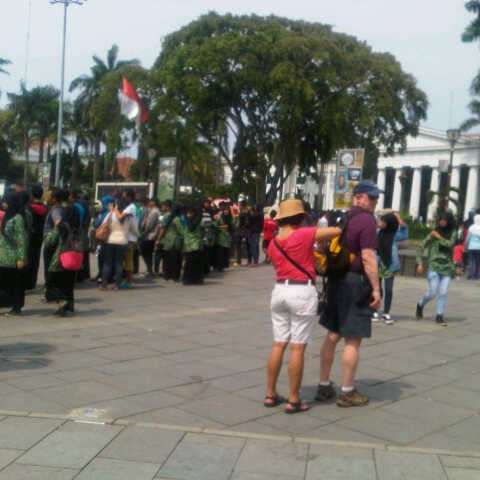Photo taken at Museum Seni Rupa dan Keramik by BUMIVALAS on 5/31/2014