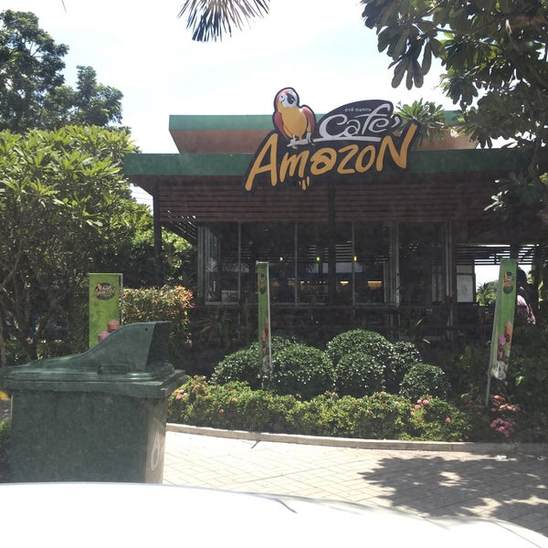 Photo taken at Café Amazon by Attanard C. on 7/18/2016