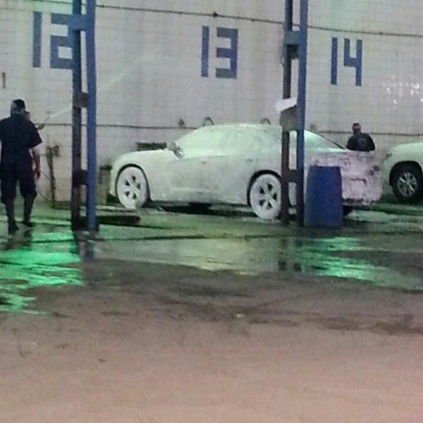 Photo taken at محطة الدبوس لغسيل السيارات by Swairaa .. on 2/27/2014