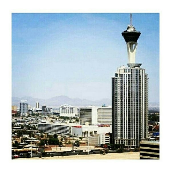 Photo taken at The Las Vegas Strip by Karol V. on 7/5/2014