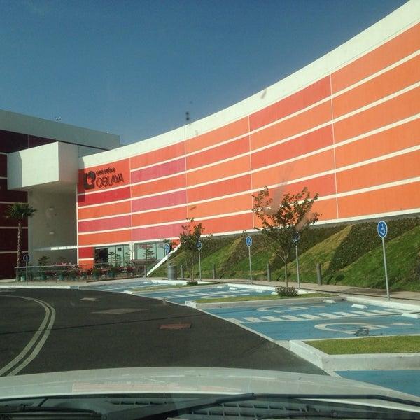 Centro Comercial Galerias: Centro Comercial En Celaya