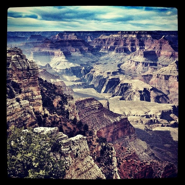 Photo taken at Grand Canyon National Park by Jesson L. on 11/2/2012