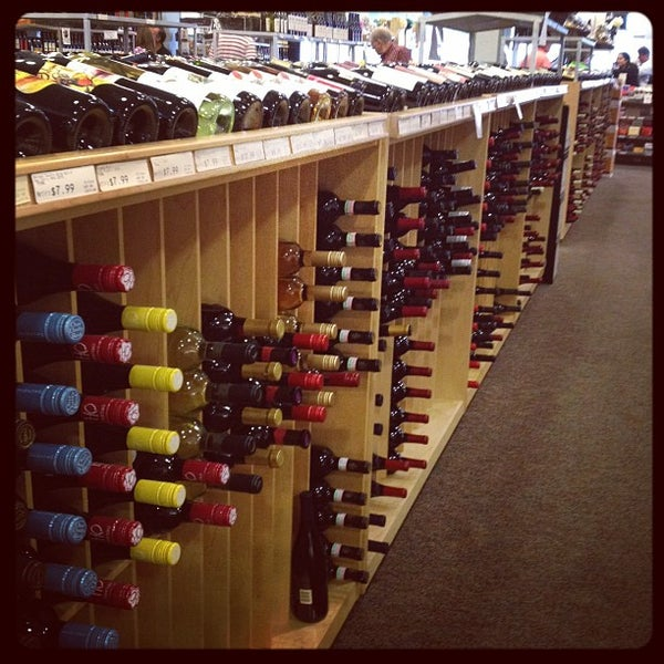 Martin Wine Cellar  24 tips from 970 visitors