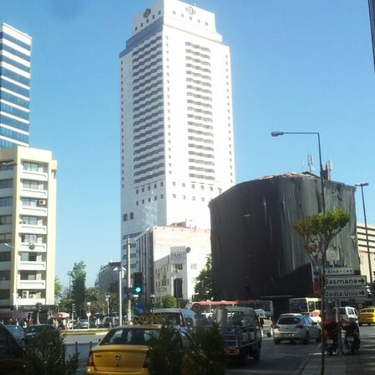 Photo taken at Hilton İzmir by Mustafa U. on 4/27/2012