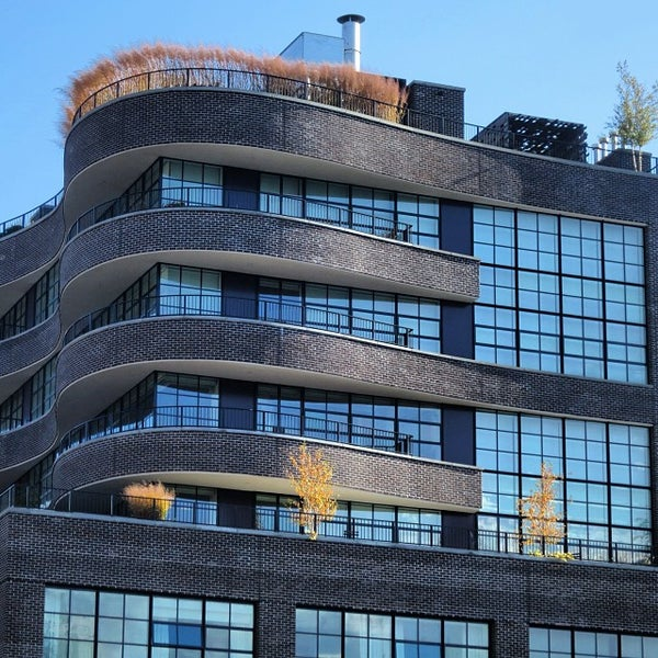 Photo taken at High Line 10th Ave Amphitheatre by Rudy G. on 11/5/2013