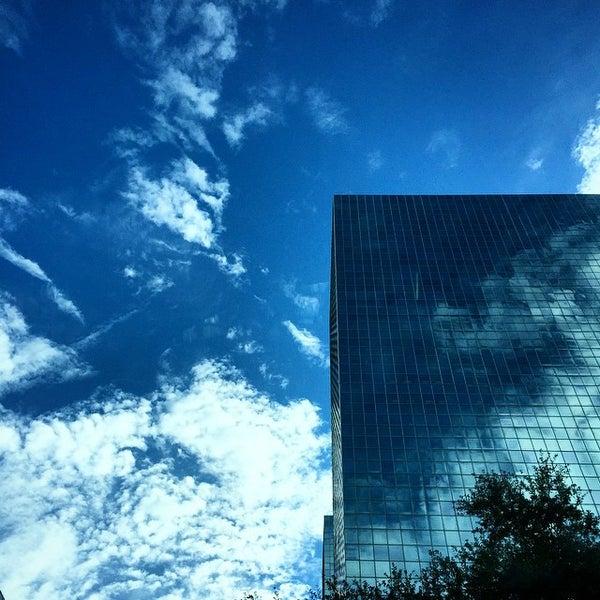 Photo taken at Sheraton Suites Houston Near The Galleria by Jerome G. on 11/7/2014