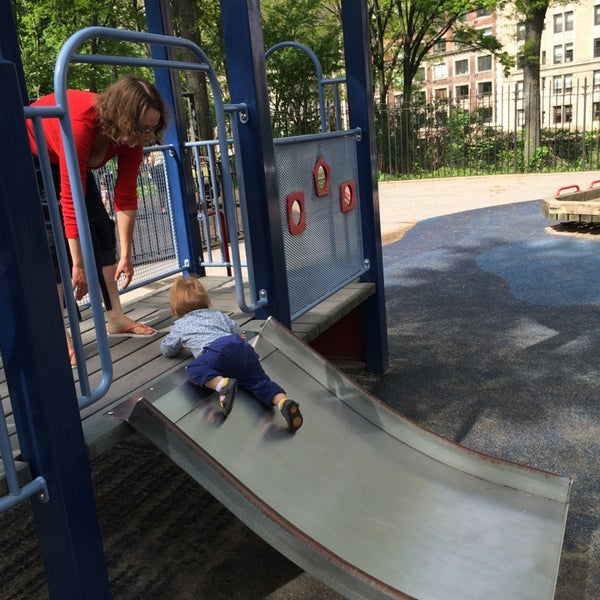Photo taken at Central Park - Mariners' Gate Playground by Ruslan A. on 5/12/2014
