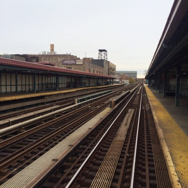 Photo taken at MTA Subway - Fordham Rd (4) by James C. on 11/9/2013