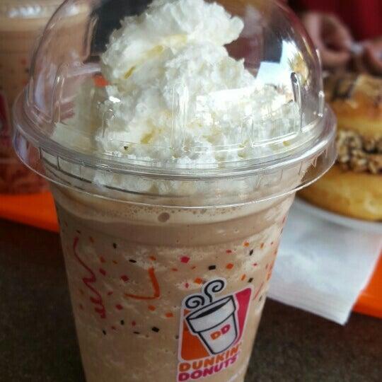Photo taken at Dunkin' Donuts by De'Goez D. on 5/6/2016