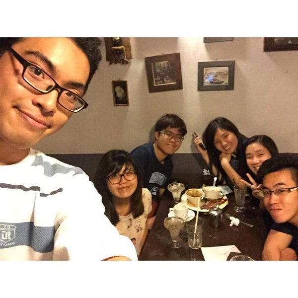 Photo taken at Quan Ice Cream & Coffee House (咖啡馆) by Jun Y. on 4/19/2015
