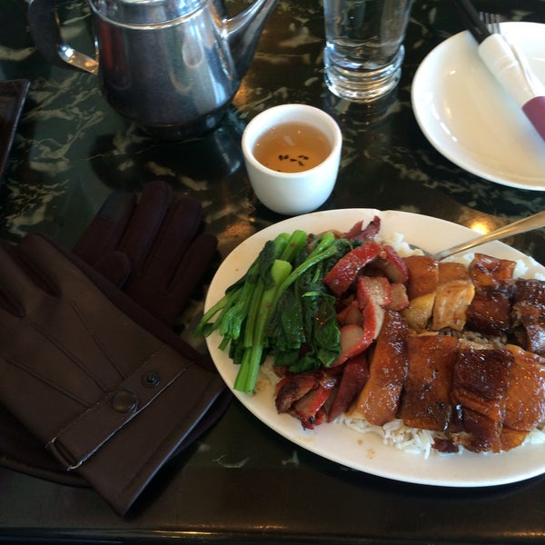 Photo taken at Sang Kee Peking Duck House by Jeremy on 11/15/2015