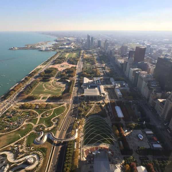 Photo taken at Aon Center by Israel R. on 10/18/2015
