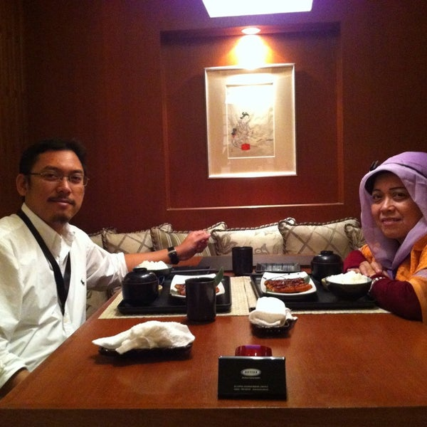 Photo taken at Wasabi Bistro at at Mandarin Oriental, Kuala Lumpur by Asrul A. on 10/8/2013