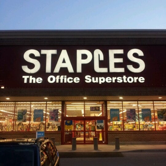 Staples Paper Office Supplies Store In Knoxville