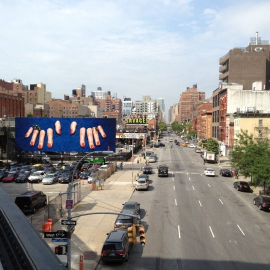 Photo taken at High Line 10th Ave Amphitheatre by Grand C. on 6/19/2012