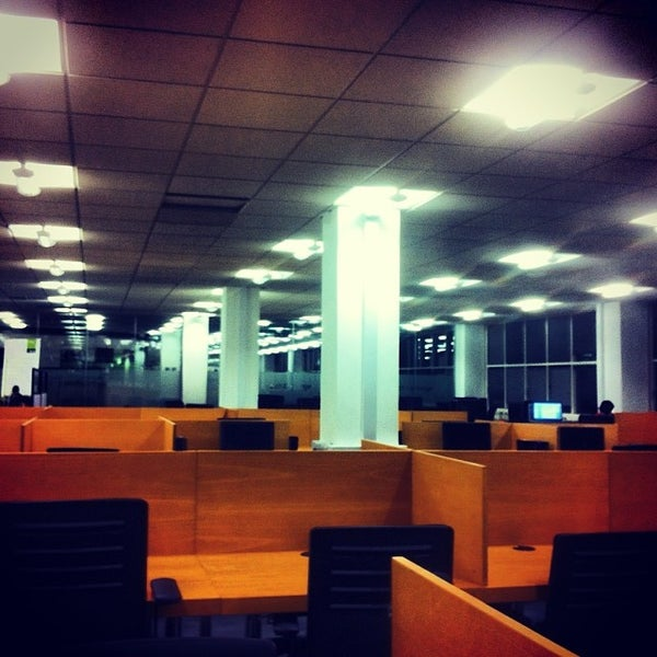 Photo taken at University of Warwick Library by Martin L. on 11/6/2013