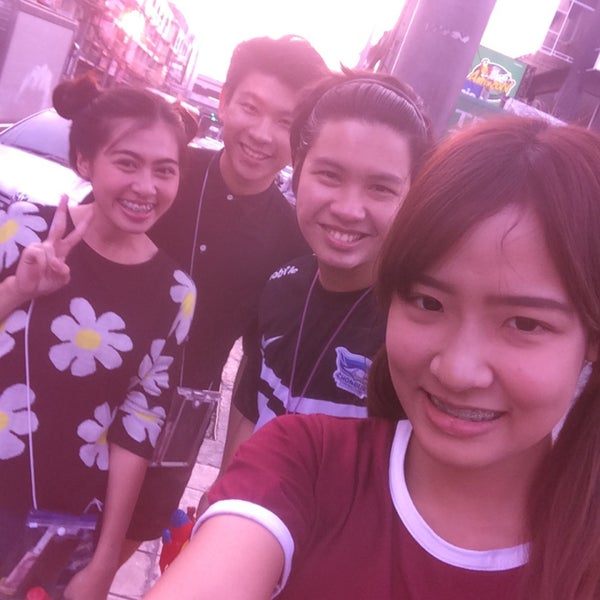 Photo taken at แยกสุทธิสาร (Sutthisan Intersection) by GraZiica K. on 4/15/2015