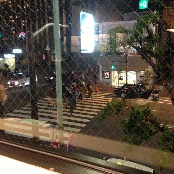 Photo taken at Starbucks Coffee 神楽坂下店 by Takashi K. on 4/22/2013