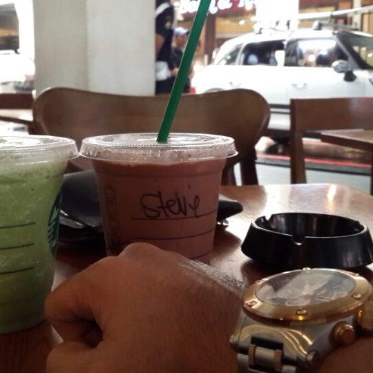 Photo taken at Starbucks by Gerhard S. on 6/28/2015