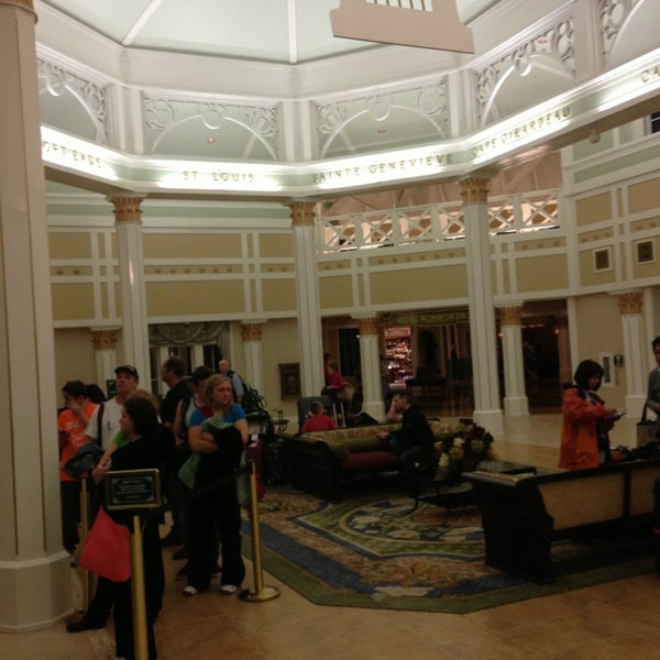 Photo taken at Disney's Port Orleans Riverside Resort by KATOMAN on 1/26/2013
