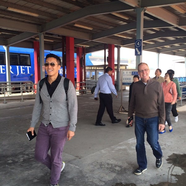 Photo taken at Taipa Ferry Terminal | Terminal Marítimo de Passageiros da Taipa | 氹仔客運碼頭 by Jim J. on 3/22/2014
