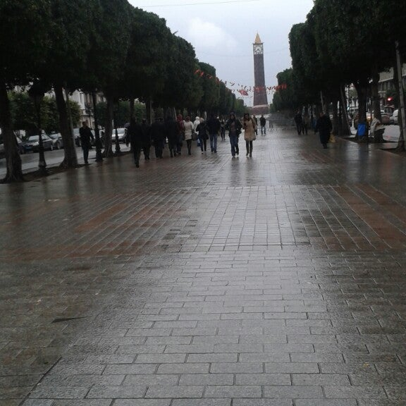 Photo taken at Avenue Habib Bourguiba I شارع الحبيب بورقيبة by Dorra B. on 3/14/2014