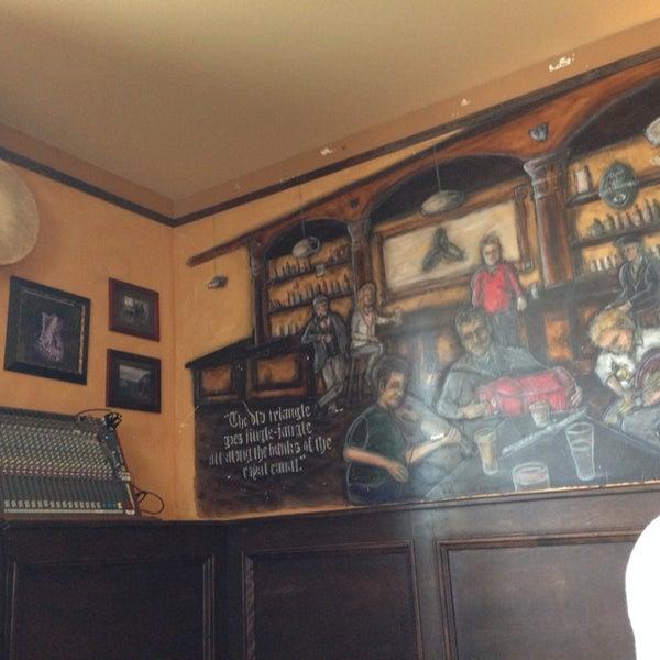 Photo taken at The Old Triangle Irish Alehouse by Yuki F. on 5/15/2014
