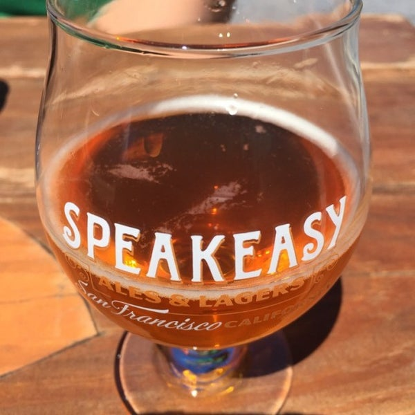 Photo taken at Speakeasy Ales & Lagers by Brewsquatch on 7/8/2016