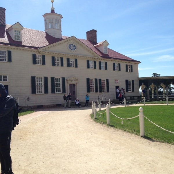 Photo taken at George Washington's Mount Vernon Estate, Museum & Gardens by Natalie S. on 4/12/2014
