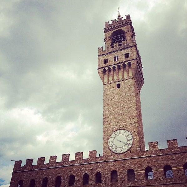 Photo taken at Galleria degli Uffizi by Gwyn C. on 6/29/2013