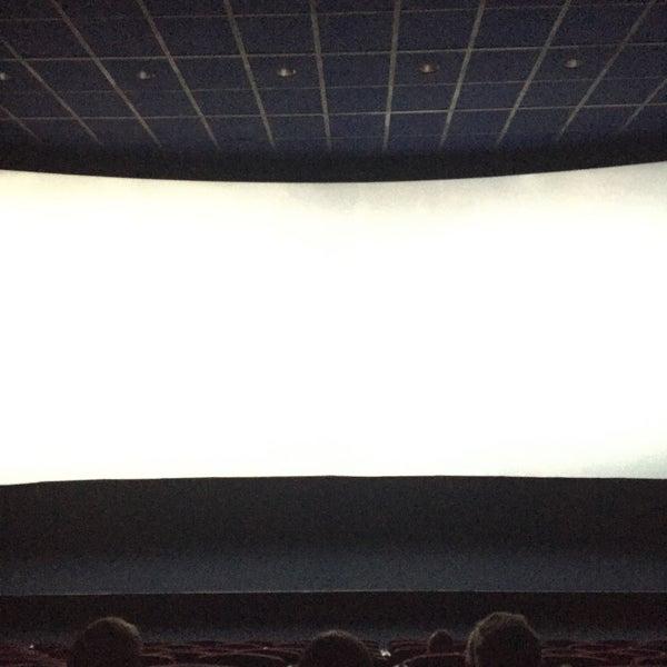 11/22/2016 tarihinde Artem G.ziyaretçi tarafından Кинотеатр «Россия»'de çekilen fotoğraf