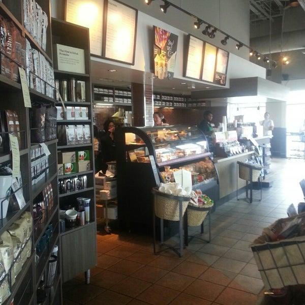 Photo taken at Starbucks by David S. on 6/19/2014