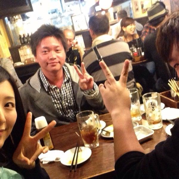 Photo taken at 日本橋 紅とん 池袋ビックリガード店 by 山口 和. on 5/4/2014
