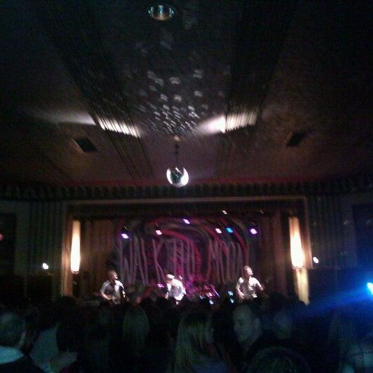 Photo taken at The Beachland Ballroom & Tavern by David M. on 2/11/2013